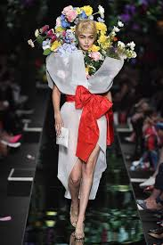 designer halloween costumes gigi hadid was a literal walking bouquet of flowers at milan