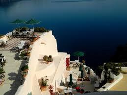 aris caves santorini freshome hotel review aris caves in oia santorini freshome com