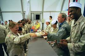 bush jr serving thanksgiving dinner in baghdad 2003 history