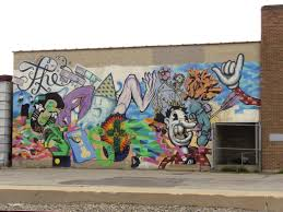 slc mural art exploraspective murals may be my favorite form of visual expression i never cease to appreciate the way they can brighten drab urban landscapes and bring a smile to my