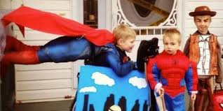 halloween costumes news 10 awesome people who turned challenges into amazing halloween
