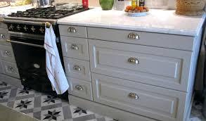 poignee porte cuisine porte meuble cuisine ikea idées de design moderne