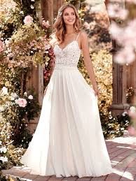 rustic wedding dresses 6 best wedding dresses for a rustic wedding maggie