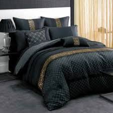 bust of black and gold bedding sets for adding luxurious bedroom