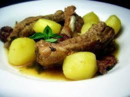 cuisine familiale economique tasca da elvira travers de porc mijoté au chouriço