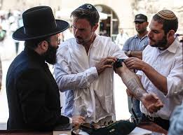 bar mitzvah in israel david arquette has bar mitzvah ceremony in israel