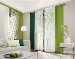 scheibengardinen wohnzimmer moderne scheibengardinen wohnzimmer weiß mit grün löwenzahn blumen