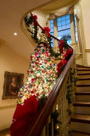 decorating historic homes see how america u0027s historic homes celebrate the holidays