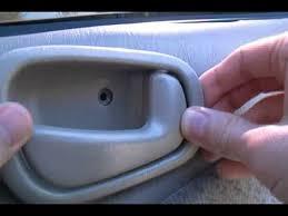 1998 Toyota Corolla Interior Door Handle How To Replace The Interior Door Handle Of A 1998 Toyota Corolla