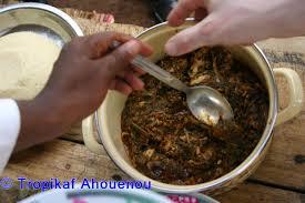 cuisiner epinard sauce d épinard à la viande de boeuf ou gboma dessi cuisine