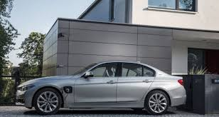 siege social bmw 24 bmw 3 series still the leader of the pack in premium sports saloon