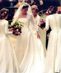 vivienne westwood wedding dresses 2010 royal wedding kate middleton s wedding dress designer