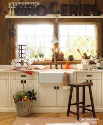 small country kitchen ideas best 25 small country kitchens ideas on diner kitchen