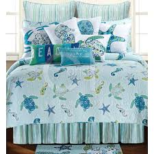 theme quilts p this coastal theme quilt features sea turtlesseahorses starfish