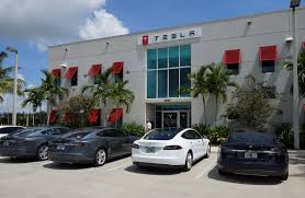 tesla dealership tesla u0027s first used showroom is now open in the golden state
