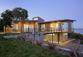 Minimalist Design House by Cheap Modern Green House Design With Minimalist Design Trend