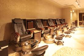 the luxurious pedicure massage chairs at costa del sur spa and