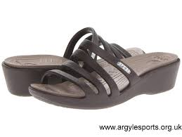 2017 shoes women u0027s uk crocs really sexi marbled flip sandal