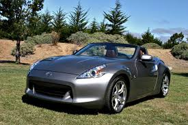nissan 370z used 2010 compared 2010 nissan 370z roadster vs porsche boxster cayman