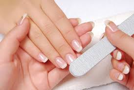 how to shape your nails in different shapes by using nail files