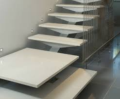 treppen aus granit silestone treppen moderne silestone treppen