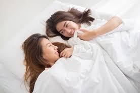 femme de chambre lesbienne de couples concept lesbien ensemble couples de lyi asiatique