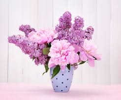 Spring Flower Arrangements Best Spring Flower Arrangements By Month Devine Orchid Florist