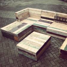 Design For Garden Table by Best 25 Pallet Garden Furniture Ideas On Pinterest Diy Garden