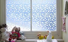 fensterfolie kinderzimmer 40 ideen für schöne kinderzimmer fensterdeko archzine net