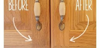 how to clean wood kitchen cabinets gorgeous secret to cleaning gunky kitchen cabinets tiphero how clean