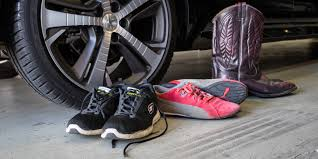 porsche driving shoes treads what makes a good pair of driving shoes