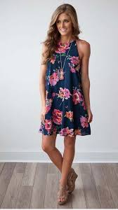 adorable navy floral dress with pendant necklace and wedges
