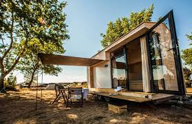 Vacation In A Tiny House | minimalist tiny house is a family vacation getaway on wheels