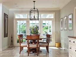 Chandeliers For Dining Room Traditional Early American Metal And - Traditional dining room chandeliers