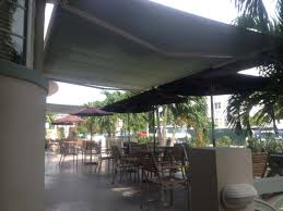 Hand Crank Retractable Awnings Retractable Awnings Miami Motorized Awnings