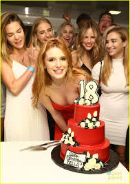 Six Flags Birthday Bella Thorne Celebrates 18th Birthday With Six Flags Private Tour