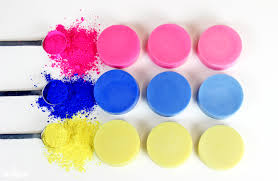 create a rainbow mixing colors in cold process soap