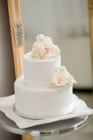 white wedding cake 25 amazing all white wedding cakes cake photography white