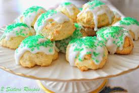 italian lemon cookies with lemon glaze for christmas 2 sisters