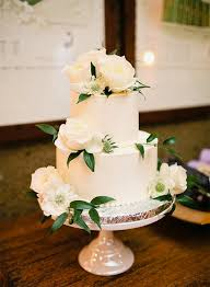 how much is a wedding cake wedding cake 2 tier pics new how much is a 2 tier wedding cake