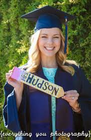 college graduation invitations wording best 25 college senior pictures ideas on pinterest graduation