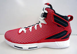 d roses a chicago bulls color scheme appears on the adidas d 6 boost