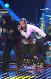 Chris Martin Meme - chris martin reassured by apple about coldplay s super bowl show