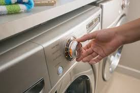 How Do I Wash Colored Clothes - top 10 vinegar uses in laundry