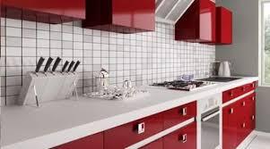 le chene cuisine les cuisines en chêne laqué brillantes et à l aspet soigné
