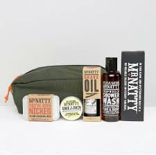 alum bar mr natty shave travel kit with wash bag shipwreck shower wash