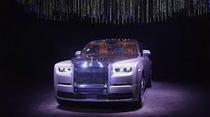 roll royce night rolls royce reveals its new phantom viii at
