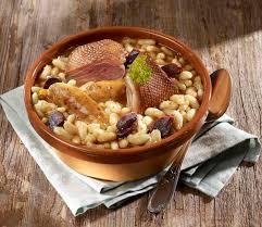 cuisiner un cassoulet cassoulet gourmand tout canard du périgord savoir cuisiner fr