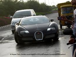 Veyron Bugatti Price Bugatti Veyron Rides Over A Speed Bump In Hyderabad