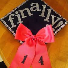 College Graduation Cap Decoration Ideas Best 25 College Graduation Cap Ideas Ideas On Pinterest Diy